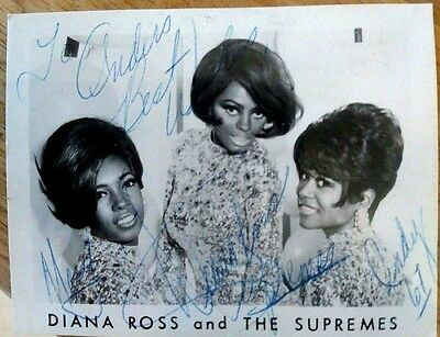 Diana Ross and The Supremes - rare autographed photo from 1967