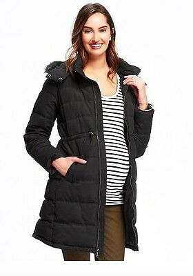 Old Navy Maternity Frost Free Faux-Fur Trimmed Jacket - Medium