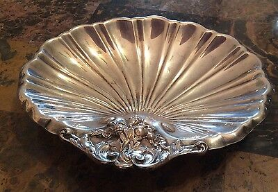 Reed & Barton Sterling Silver X571 Footed Shell 150g