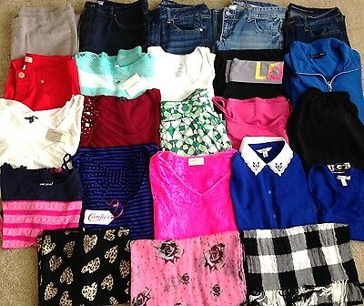 HUGE 29pc LOT Juniors Clothing-American Eagle, Old Navy, Candie's, Rue 21-Sz M/L