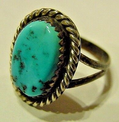 Native American Old Pawn Sterling Silver And Turquoise Stone  Ring {Xx}