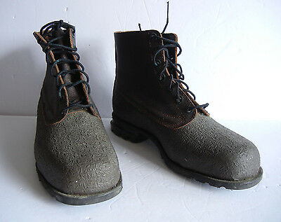 SWEDISH ARMY SKI MARCH BOOTS (Size 8)