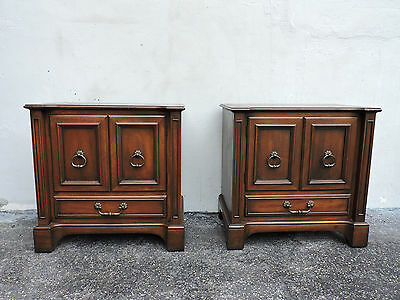 Pair of Mid-Century Nightstands / End Tables 6326