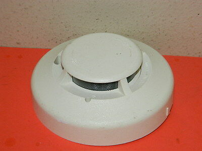 System Sensor 2100S Photoelectric Smoke Detector Fire Alarm