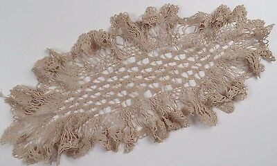 Antique Handmade Linen Doily Doiley Lace Bobbin Needle Crochet Oval Ruffle Edge