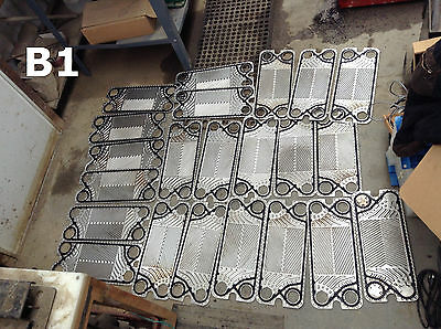 "19""x8"" 316SS Heat Exchanger Plates 2"" Ports -Lot of 22"