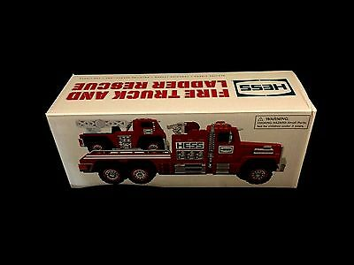 Hess Toy Truck  2015  Fire Truck And Ladder Rescue  New In The Box