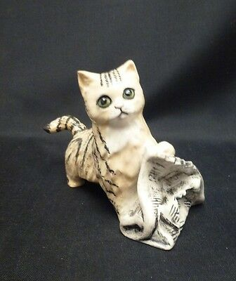 Royal Doulton Striped KItten In the News RDCATS 8357 Boxed