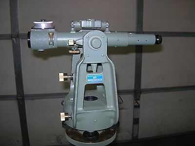 K&E Cubic Precision 71-1010 Paragon Jig Transit with Micrometer 71-1111