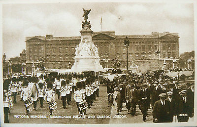 Topographical Postcard.buckingham Palace,guards & Memorial.early Sepia Card