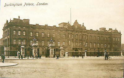 Topographical Postcard:buckingham Palace.early Sepia Image.so Few People!