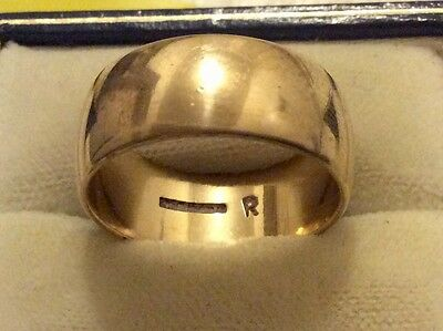 Superb Gents Full Hallmarked Wide Heavy Solid 9ct Gold Wedding Band Ring - R
