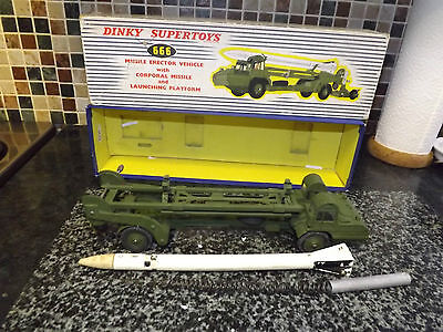 DINKY TOYS 666 missile erector vehicle corporal missile VN/MINT Boxed