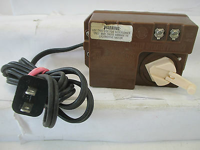 Caution-Electrically-Operated-Product H0/N 6605 Trafo Transformer 6 VA  WT4020