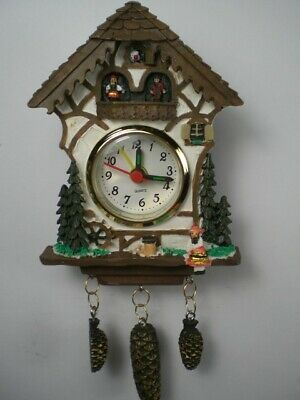 Schwarzwald Clock Black Forrest, Mini 17 cm with Cones, Clock with Alarm, NEW