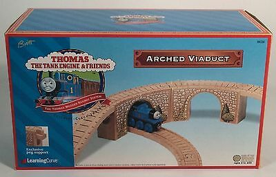 Thomas The Tank & Friends-Arched Viaduct 1999 Clickity Clack Track *new In Box*