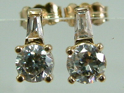 Neat 9Ct Yellow Gold Single Solitaire Diamond Look Earrings/studs