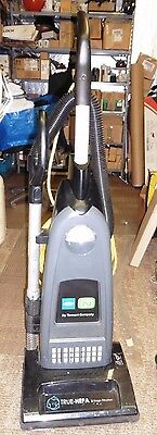 NICE Tennant Commercial Vacuum Model V-SMU-14 Incredible Suction Needs Beater