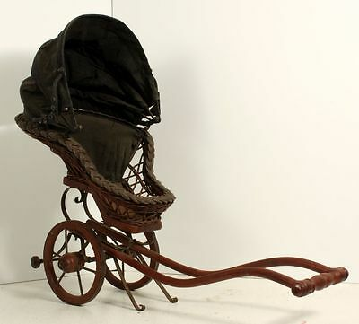 20 Inch Long Wicker Wood And Cloth Victorian Style Baby Doll Carriage