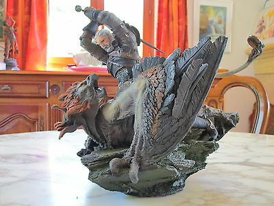 The Witcher 3 Statue Figurine Geralt vs Griffin Griffon Collector Edition NEW