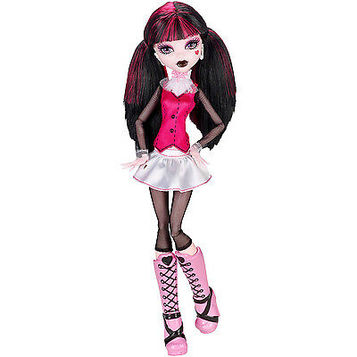 Brand New Monster High Original Ghouls Collection DRACULAURA Doll (CFC61)
