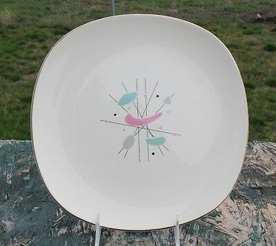 """Knowles K-5069 Mid-Century Atomic Mobile Pattern 10 ¼"""" Dinner Plates"""
