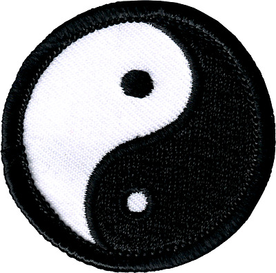 51125 Black & White Yin Yang Symbol Opposites Tao Embroidered Sew Iron On Patch