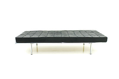Very rare Metal Daybed 258 by Ludwig Mies Van der Rohe, Knoll International 1962