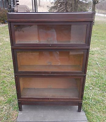 Anitque Globe And Wernicke Three Stack Barrister Bookcase Mission Style