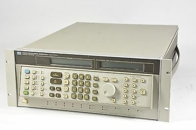 HP 8780A Vector Signal Generator 10Mhz - 3Ghz Opt 001 READ