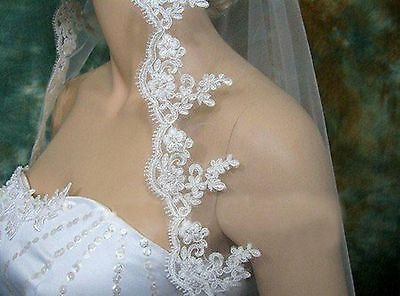 2017 New White or Ivory Elbow Bridal Wedding Veil With Comb Lace Applique Edge