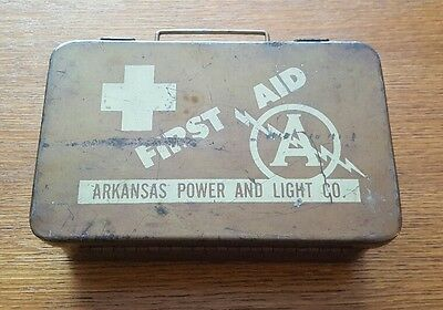 ~ Empty Metal First Aid Kit Box with Clasps and Handle ~