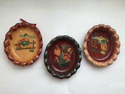 Vintage Walker Potteries 824 - 3 Small Fluted Dishes with Painted Decals