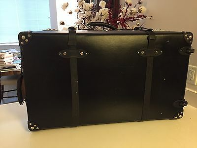 Globe Trotter James Bond Spectre 33 Extra Deep Suitcase