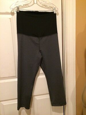 New INGRID & ISABEL Active Maternity Capri Pants with Crossover Panel Grey XL