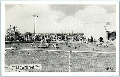 Greensburg, Kansas Postcard MUNICIPAL SWIMMING POOL Bathing Scene c1940s