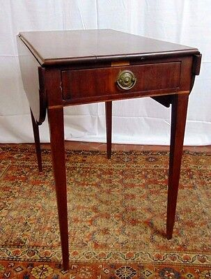 Period Antique Southern Sheraton Solid Mahogany Pembroke Table c 1790 - 1810