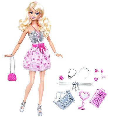 2009 BARBIE FASHIONISTAS SHOPPING SPREE DOLL Sweetie Shops For Jewelry T5501~NEW