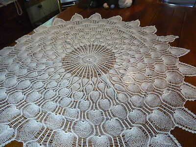 "Vintage Hand Crocheted Ivory Pineapple Crochet Tablecloth 70""  Round Doily"