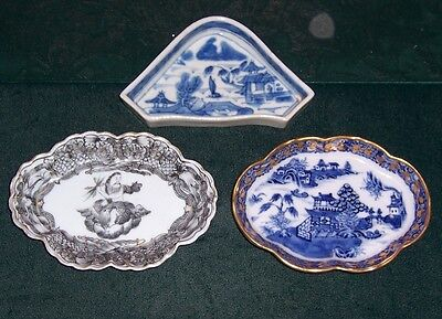 Vintage 19th Century Chinese Canton Blue & White 3 Small Plates