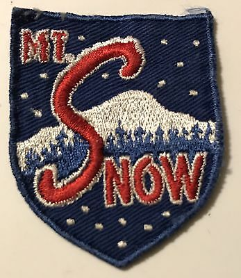 MOUNT MT SNOW Vintage Skiing Ski Patch VERMONT VT Resort Souvenir Travel