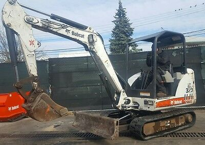 Bobcat 329 Rubber track Mini Excavator Only 1880 hours 2 Speed See Video