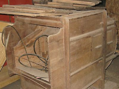 Old Wooden Seed Cleaner/fanning Mill