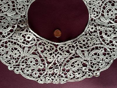 Vintage round handmade Milanese style bobbin lace collar COSTUME