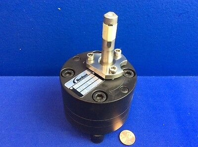 Nordson Sn0371 Gear Pump P/n 729106 (For Versa-Drum Bulk Melter)