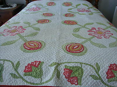 Vintage Hand Quilted Applique Quilt