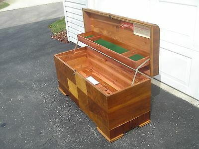 """LANE"" ""1941"" Cedar/Hope Chest w/Tray Restored ""FREE"" Shipping Via.Grayhound"