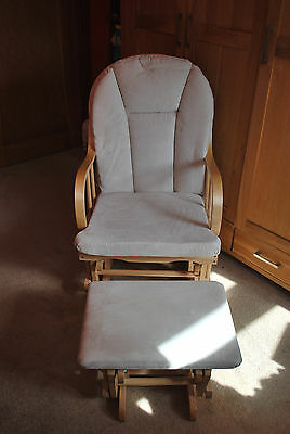 Maternity Rocking Chair with footstool...Exellent condition!!!