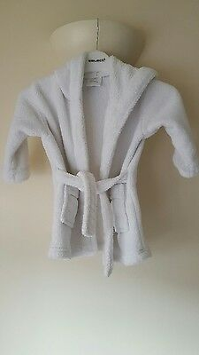babys dressing gown