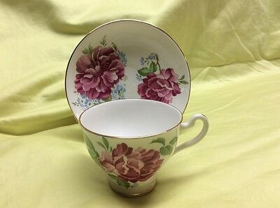 Imperial bone china teacup and saucer England, Pink Cabbage Roses